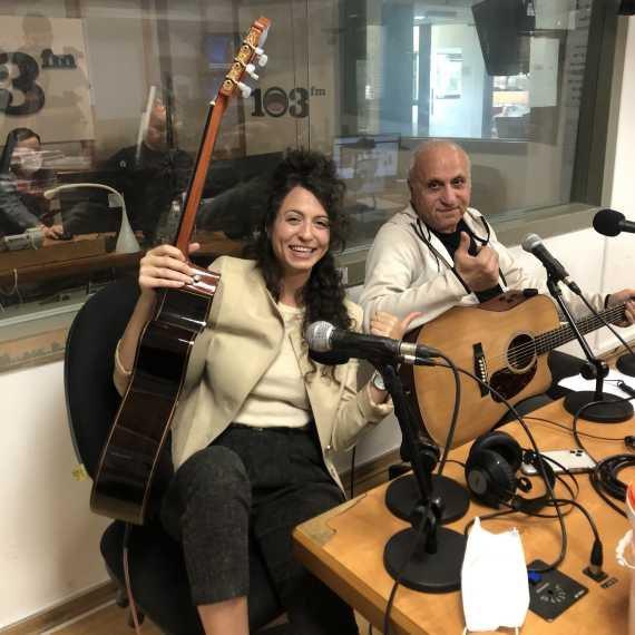 מיקי ושירה גבריאלוב Live באולפן