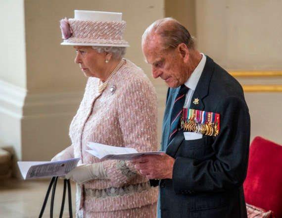 המלכה אליזבת והנסיך פיליפ - צילום ארכיון