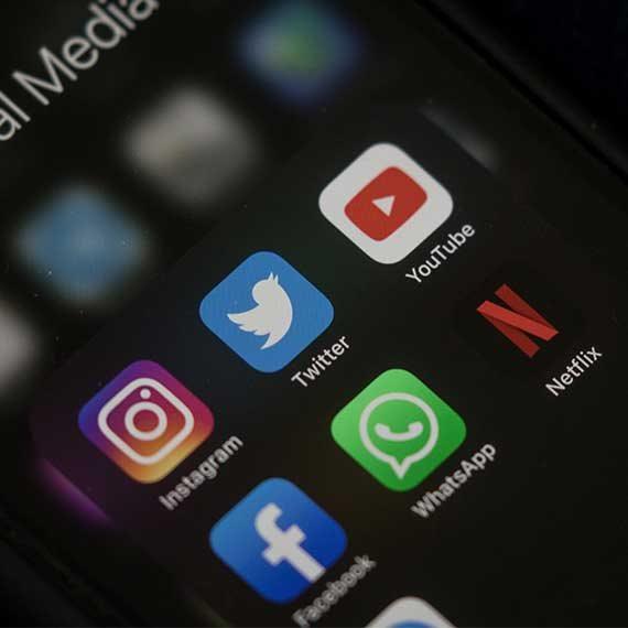 מה מתחרש ברשתות החברתיות בימים אלה?