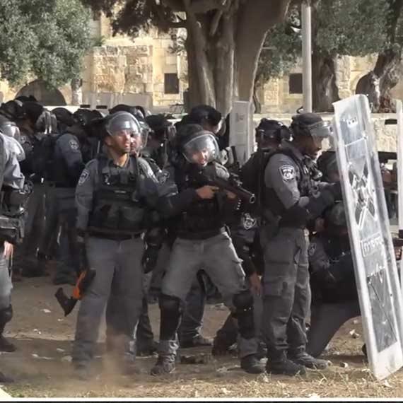 כוחות משטרה בהר הבית, הבוקר