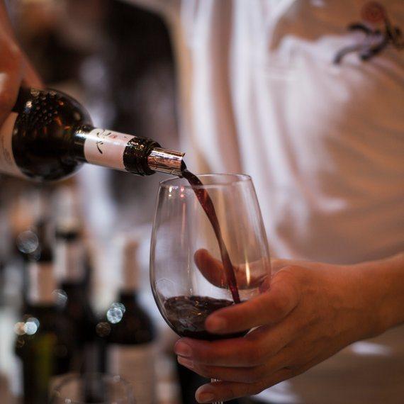 יין אדום, והרעידות נעלמות?