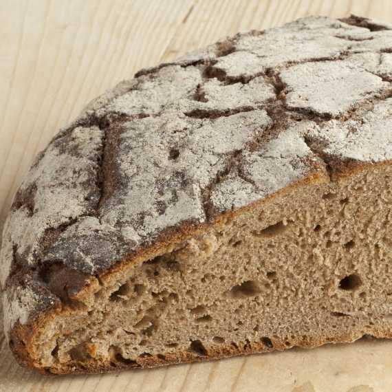 לחם מכוסמת ירוקה