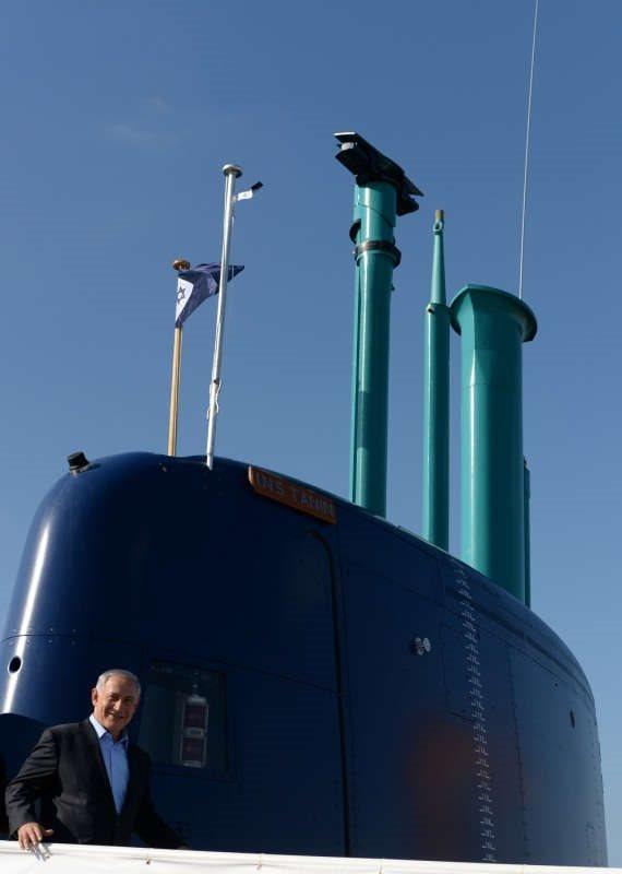 האם צריך להמשיך לחקור את פרשת הצוללות?