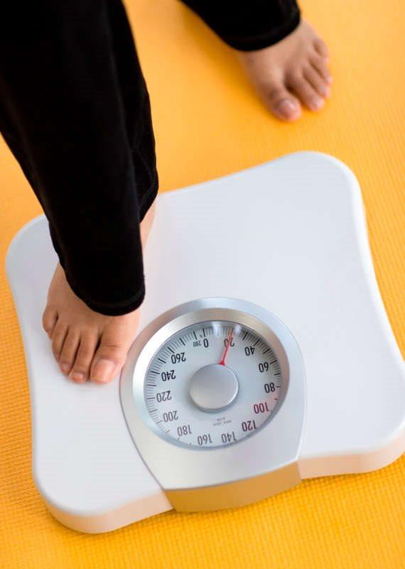 המשקל בבוקר, המשקל בערב