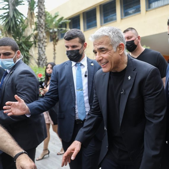 שר החוץ יאיר לפיד