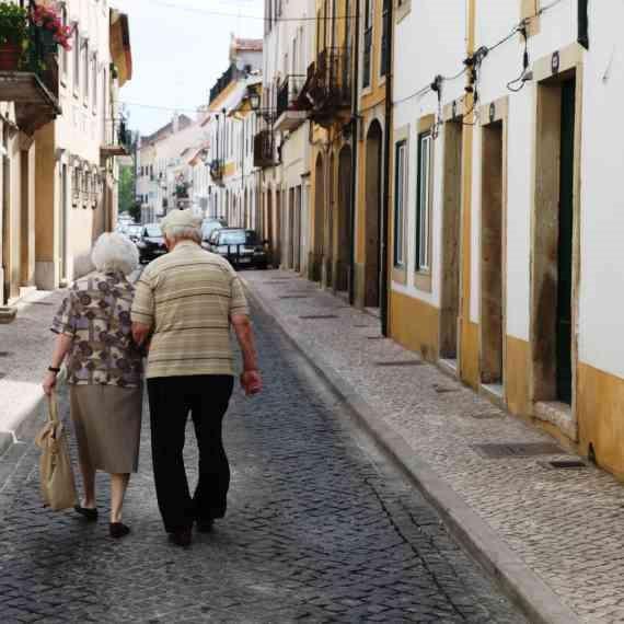 הזכויות המגיעות לקשישים