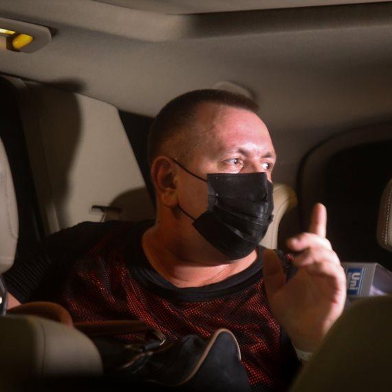 רומן זדורוב עם שחרורו למעצר בית
