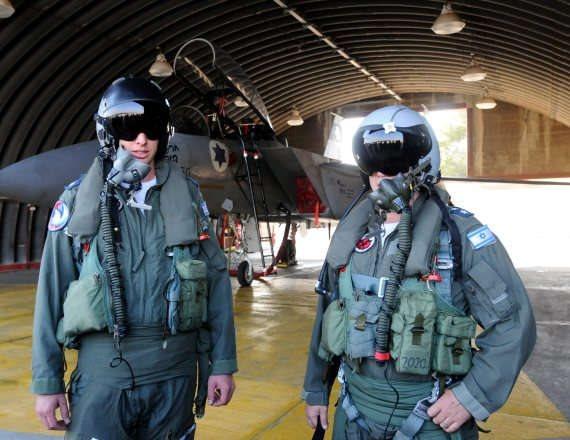 טייסים (צילום ארכיון - למצולמים אין קשר לכתבה)