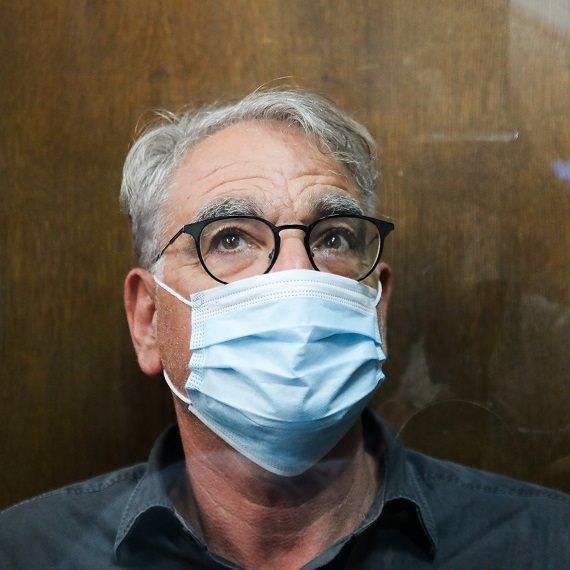 """פרופ' אריה לוין מביה""""ח וולפסון הוא הרופא הבכיר החשוד במעשה אונס"""