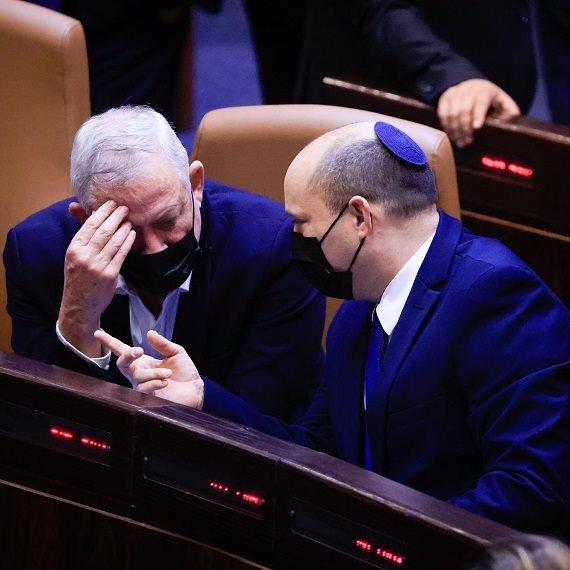 ראש הממשלה נפתלי בנט ושר הביטחון בני גנץ
