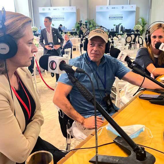 שרון אלרעי פרייס באולפן 103fm בכנס 'הג'רוזלם פוסט'