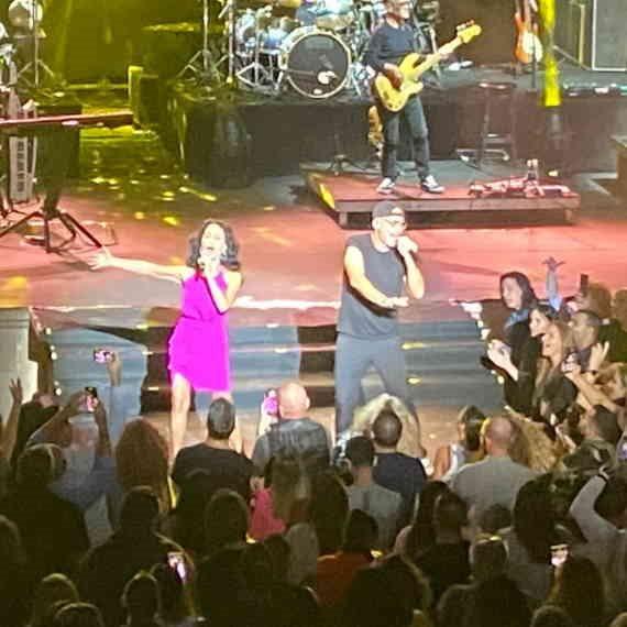 רמי וריטה במופע משותף
