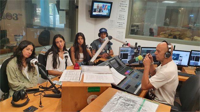 דידי, בנותיו ורון שלום באולפן